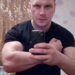 Парень из Новоросийска. Ищу девушку для приятного общения и секса