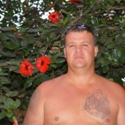 Молодой парень из Новоросийска ищет девушку для приятных встреч