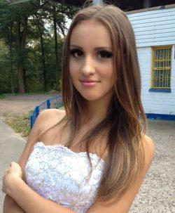 Брюнеточка из Новоросийска, ищу мужчину для секс свидания