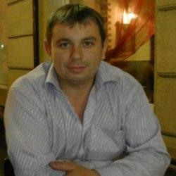 Парень ищет девушку низкую, славянку, милую при общении, в Новороссийске